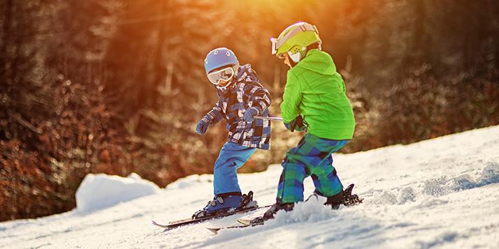 Bambini e sport invernali: le giuste integrazioni per avere energia